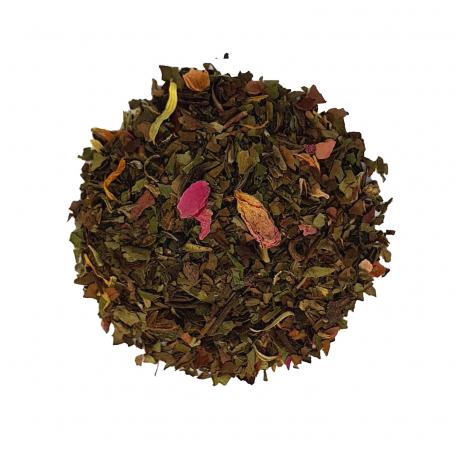Thé blanc fruité et floral - Mangue, rose et spiruline