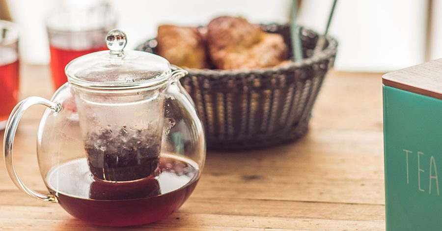 théière infusée avec boîte de thé Colors of Tea